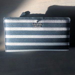Kate spade striped black and white wallet